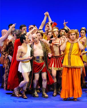 Opérette de Jacques Offenbach mise en scène par Georgio Barberio Corsetti et Pierrick Sorin